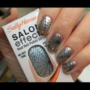 Other - 🍊 Sally Hansen Salon Effects Halloween Spider Web